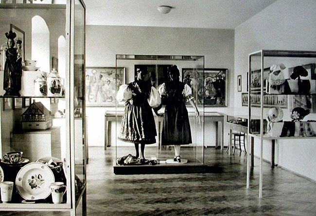 Blick in das Egerlandmuseum I in Regensburg, frühe 50-er Jahre